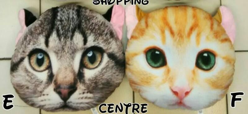 Bantal Boneka Kucing E&F