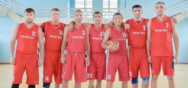 На прошлых выходных в Томске прошли игры ветеранских команд СФО