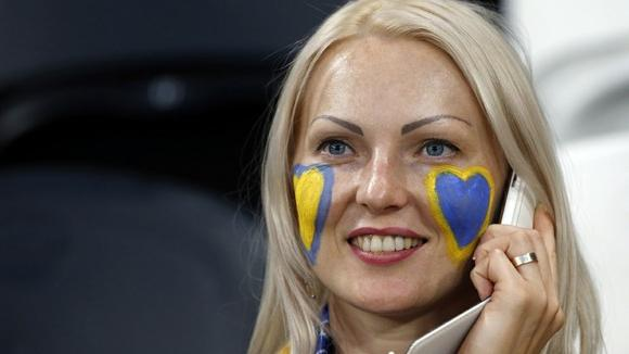 چگونه با اوکراین تماس بگیرید؟