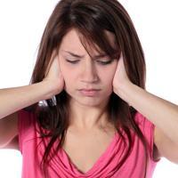 Слышно звон – из уха он! Почему звенит в ухе?