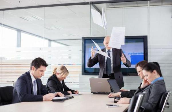 Что делать, если начальник - самодур? Как общаться с ...