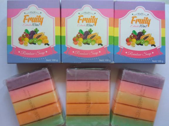 Sabun Fruity Soap 10 In 1 Rainbow Soap BPOM