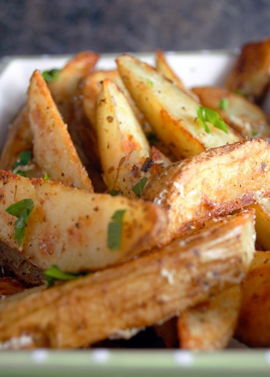 Garlic Parmesan Potato Wedges with Dipping Sauce