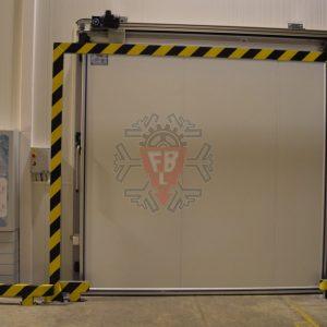 Vista exterior Porta Isotérmica Automática e Quadro Electrico - F. Brigido