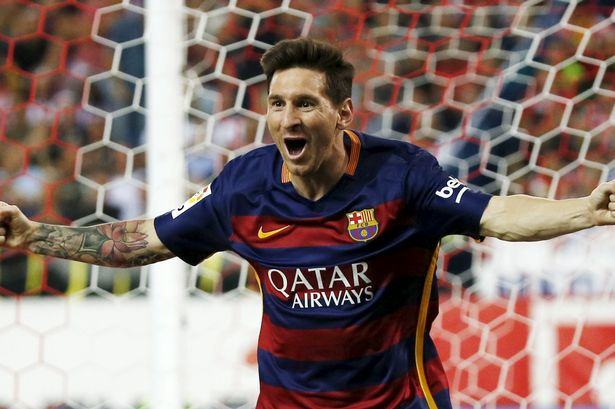 Lionel Messi scores against Atletico Madrid