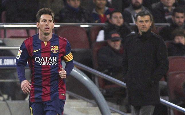 Enrique shows sportsmanship after defeat