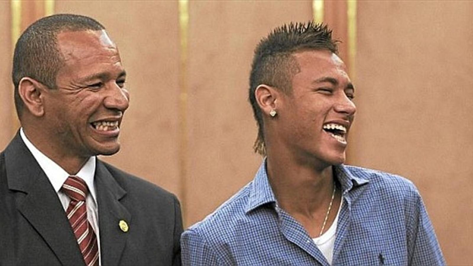 Neymar's dad: If we can't work in Spain, we will have to leave