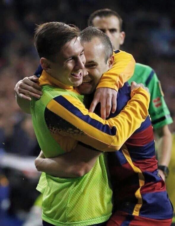 Barca sinks to Madrid with a rout of scandal in Classico