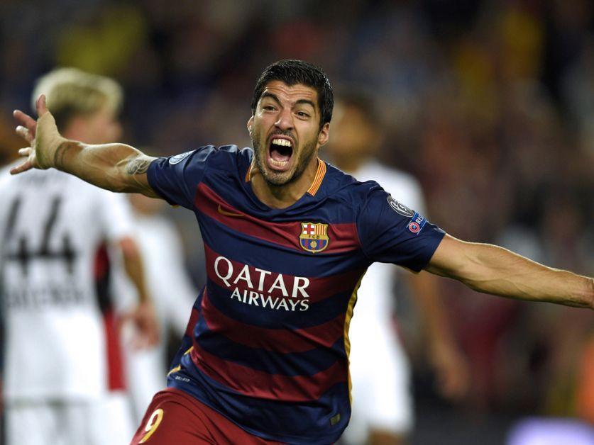 Luis Suárez closing in on Romário and Maradona