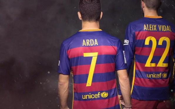 buy popular 35e06 6454a Turan & Vidal get Barcelona shirt numbers   FC Barcelona