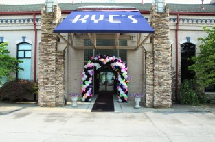 The front entrance of the prom venue at Kye's is decorated before the arrival of participants. Photo by Kaitlyn Erdman.