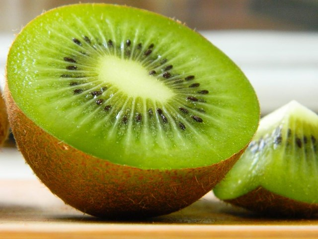 Plant & Food Research awarded for saving kiwifruit