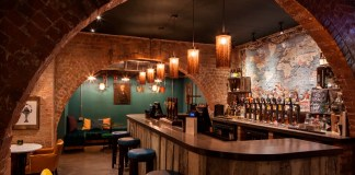 Fuller's Three Guineas goes vintage with Bright Goods LED lighting