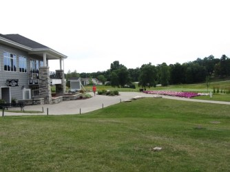 whispering-springs-golf-course-banquet-facility-2