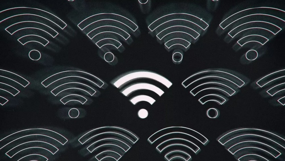 Android 12 will let you share WiFi passwords with nearby devices