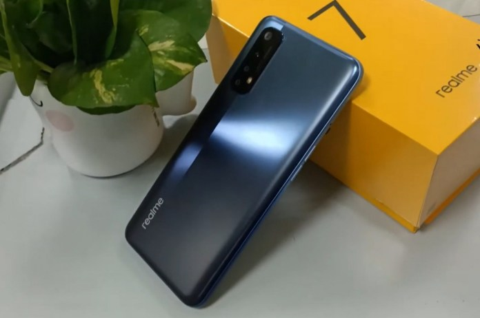 Realme 7 also spotted in live unboxing shots, complete with basic specs -  GSMArena.com news