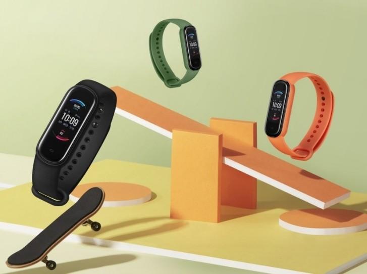 Amazfit Band 5, AMOLED ekran, kan oksijen monitörü ve Amazon Alexa desteği ile duyuruldu