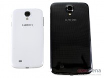 Galaxy S4 (left), Galaxy Mega 6.3 (center) Galaxy Note II (right)
