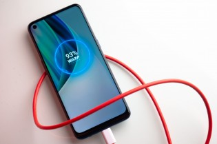 High refresh rate and fast charging - staples of OnePlus phones