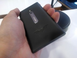 Nokia Lumia 800 The Dark Knight Rises limited edition: only 40 made
