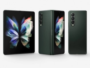 The Galaxy Z Fold3 and Z Flip3 each have two displays that are pricey to repair