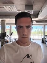 Selfie biasa dengan bantuan AI