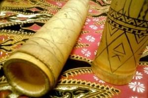 Kaluluwa Kolectivo image with traditional bamboo and 'batik' (traditional dyed) cloth prints