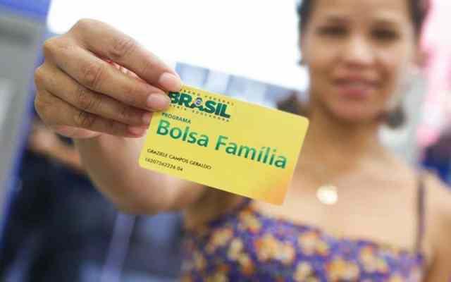 Calendário do Bolsa Família 2020 começa essa semana; saiba quando pode receber Reprodução/Google Imagens)