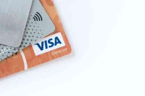 4 Cartões de crédito com anuidade ZERO para negativados no SPC e SERASA