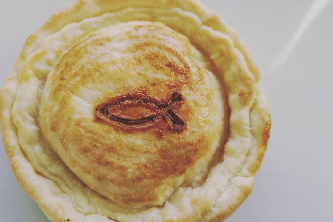 サーモンクリームパイ