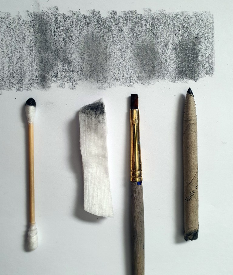 Different types of blending tools for graphite