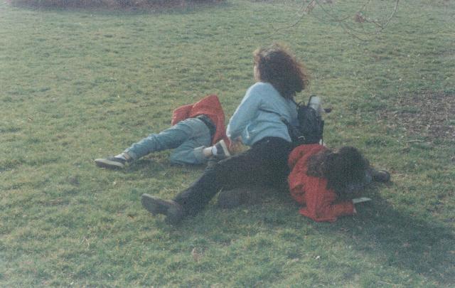 Chloé, Camille Lacour and Laura (Brooklyn Botanical Garden, 2001)