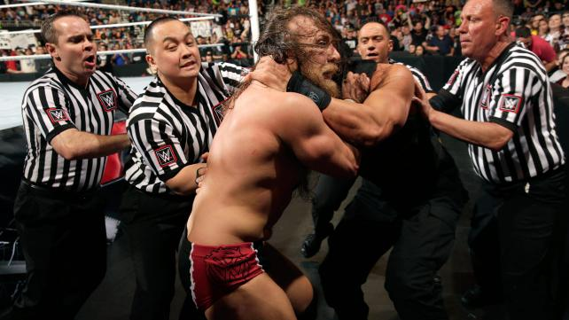 WWE Raw Daniel Bryan vs Roman Reigns