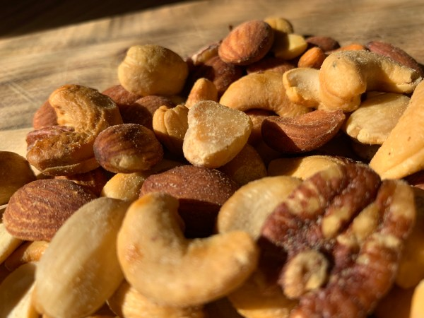 Smoked Fancy Mixed Nuts