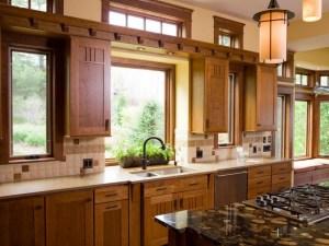 """10 Warmly Brown Scheme Kitchen Ideas For Your """"Cold"""" Kitchen"""