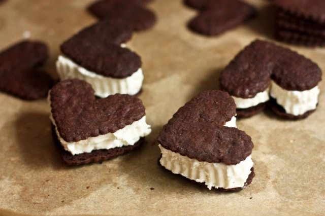 Chocolate Heart Ice Cream Sandwiches | www.feastingathome.com