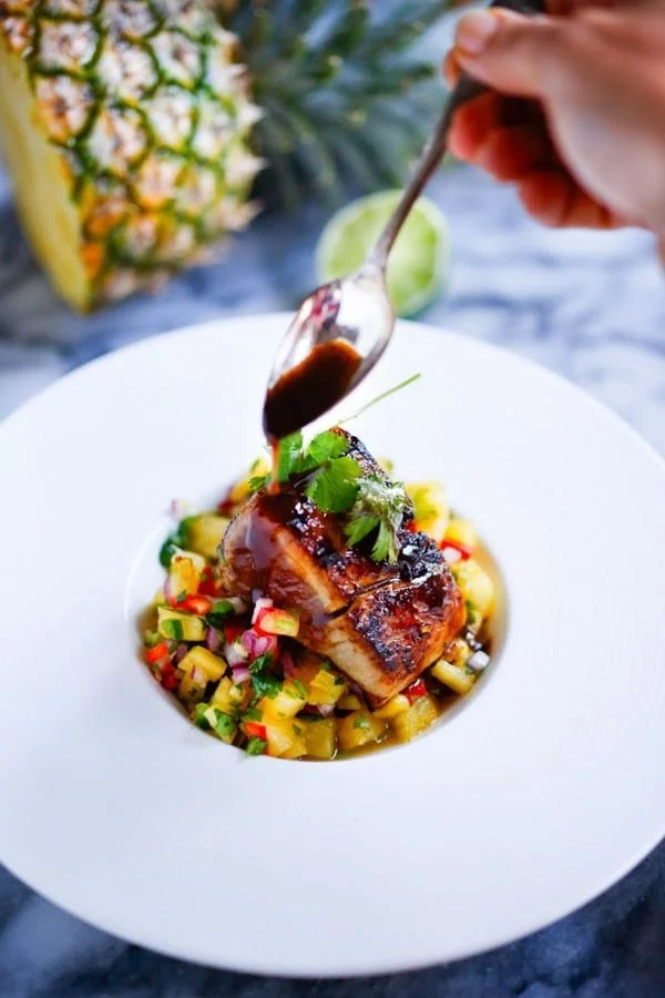 Seared ono with honey soy glaze and pineapple salsa for Wahoo fish recipes