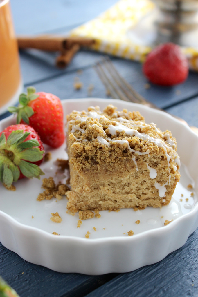 Gluten Free and Vegan Coffee Cake with Cinnamon Crumb Topping from The Fitchen