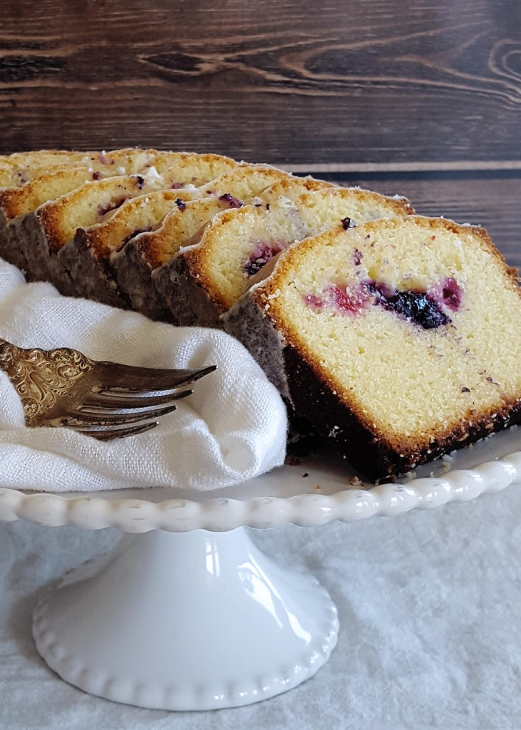 The Harken Cake displayed on a white pedestal.
