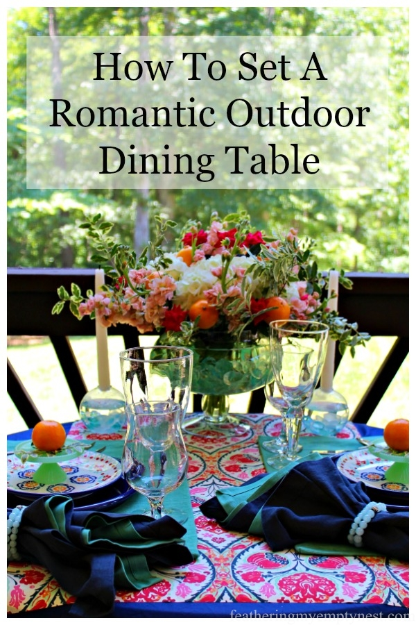 An Impromptu Outdoor Dining Table, #Outdoordining, #Summertablescape, #Romanitictable, #Outdoordiningtable