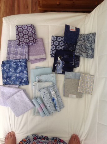The first of fabric picking wasn' 100% succesful.... at least I have more fun fabric to play with