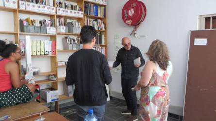 WYWL Writers Workshop Matthew Krouse putting up the index cards watched by Amy Jephta, Burhan Qurbani and Vanessa Herman