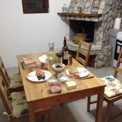 dinner-at-salakos