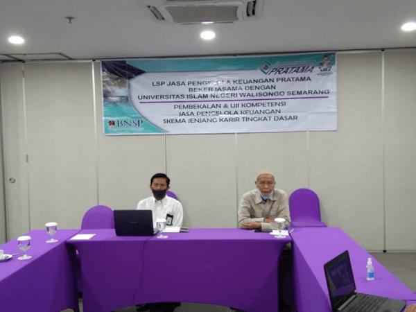 Tingkatkan Persentase Kelulusan sertifikasi  kompetensi Prodi Akuntansi Syariah memberikan  pembekalan secara daring