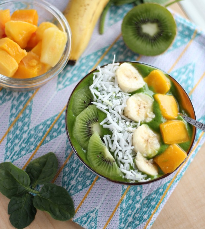 Spring Green Smoothie Bowls - swap out your Shamrock Shake for a Green Smoothie Bowl this St. Patrick's Day! | fedandfulfilled.com