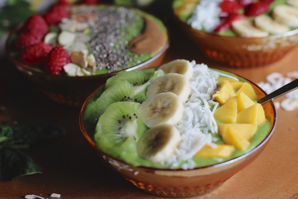 Spring Green Smoothie Bowls - these healthy and delicious smoothie bowls are total eye candy! | fedandfulfilled.com