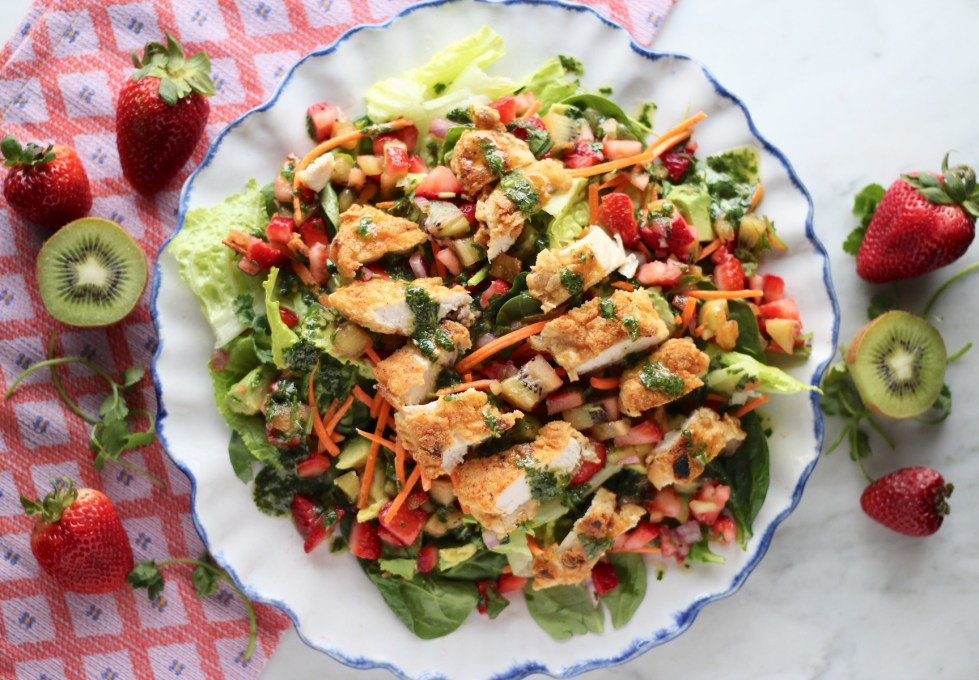 Strawberry Kiwi Salad with Crispy Chicken and Cilantro Vinaigrette - a sweet and savory salad loaded with fresh fruit, chicken, and cilantro lime dressing!| fedandfulfilled.com