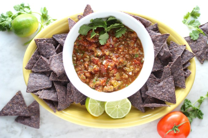 Simple Blender Salsa - this salsa is bursting with fresh flavors, Mexican spices, and tastes like restaurant-style! | fedandfulfilled.com