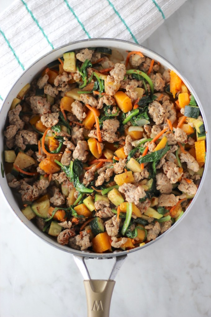 Turkey Apple Breakfast Hash - an AIP breakfast recipe that is full of veggies, ground turkey, and a hint of sweetness from apples, butternut squash, and cinnamon! Awesome for Fall or any time of year! | fedandfulfilled.com