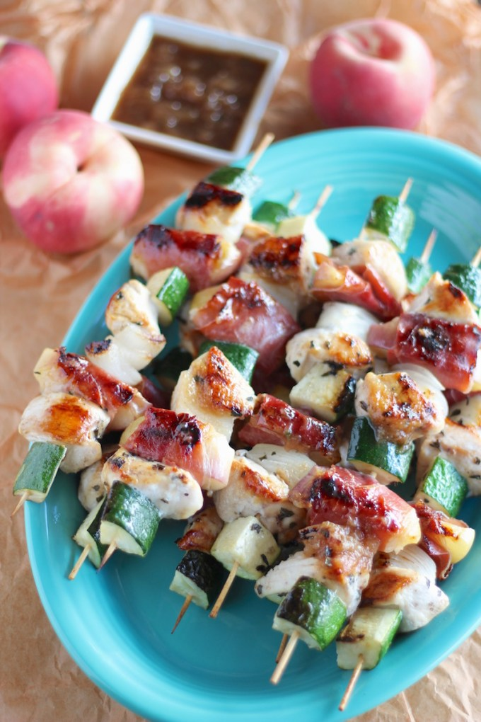 Peach Prosciutto Chicken Kabobs - an AIP, Paleo grilling recipe full of sweet and savory flavors from prosciutto-wrapped peaches, chicken, veggies, and a peach balsamic glaze! | fedandfulfilled.com